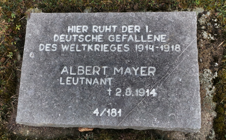 Albert Mayer's grave at Illfurth.